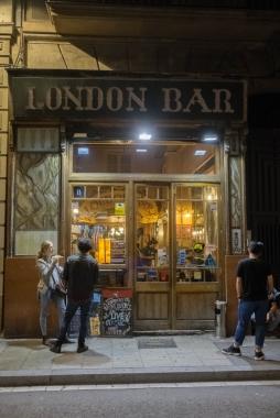 London bar, Barcelona (2015)